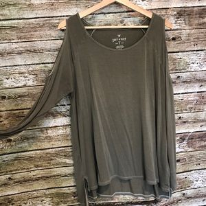 American Eagle Soft & Sexy Cold Shoulder Tee